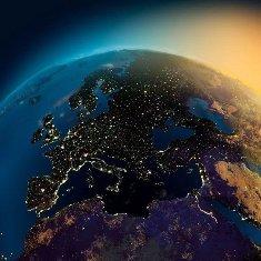 Копия земля в иллюминаторе