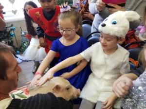 дети и свинка